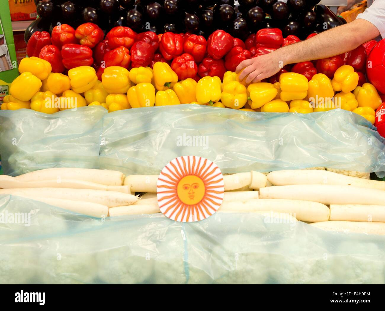 Verschiedene Früchte und Gemüse sind in den Farben der deutschen ...