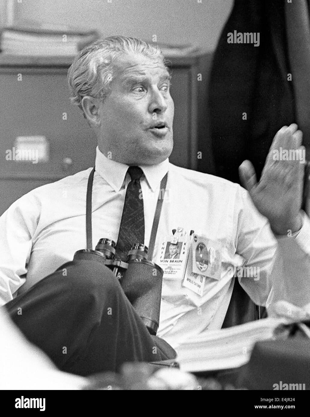 Werner von Braun beim Start von Apollo 11 Stockfoto