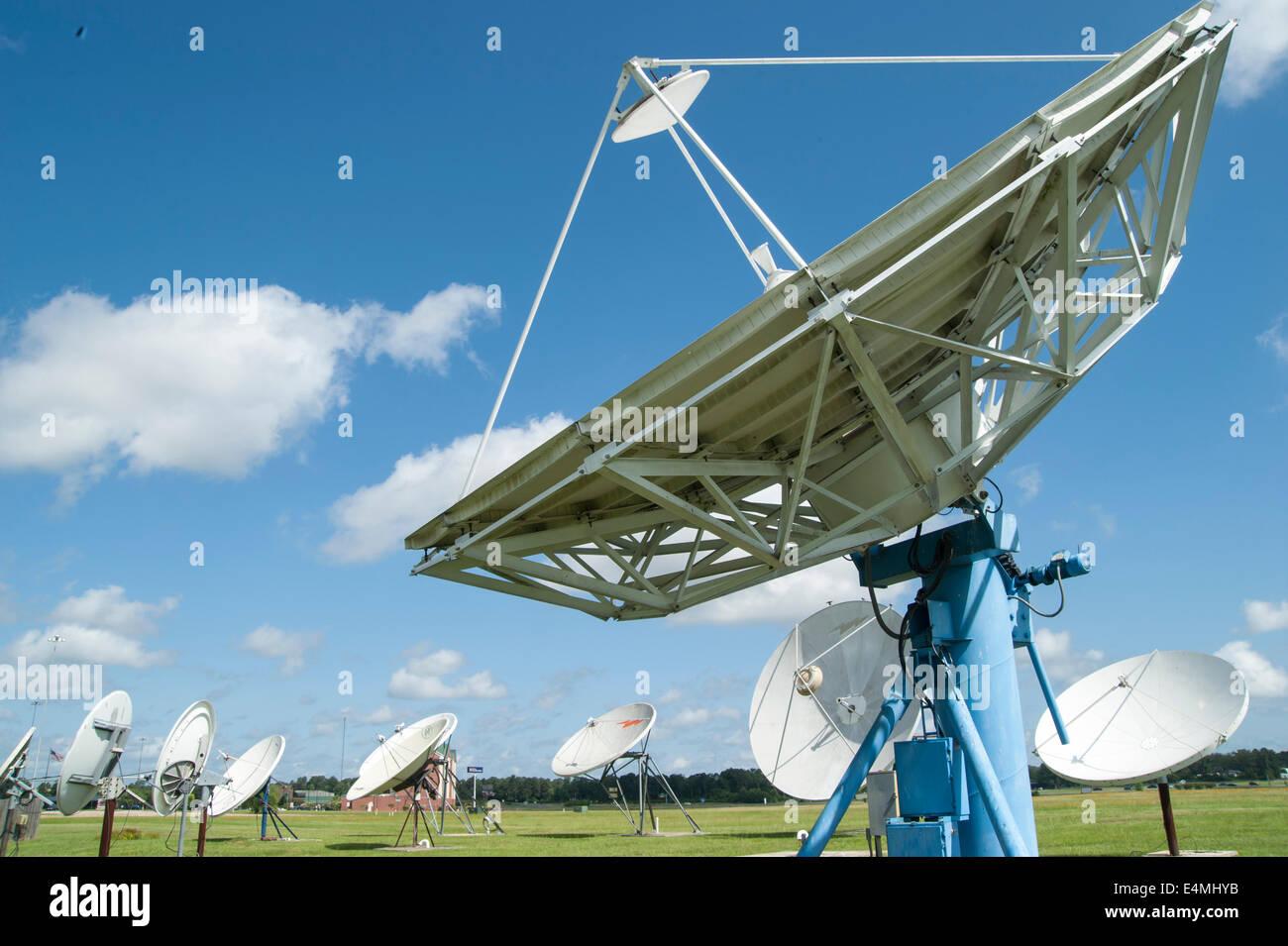 Satelliten Receiver Gerichte Stockbild