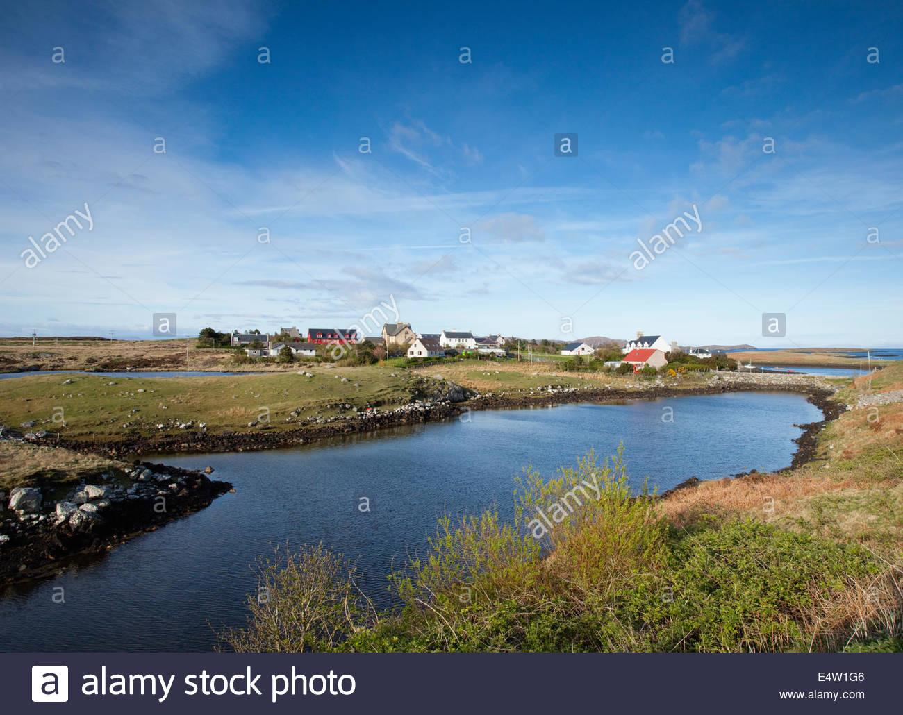 Auf Lochmaddy, das administrative Zentrum und Fährhafen auf der Küste von North Uist, äußeren Hebriden, Schottland. Stockfoto