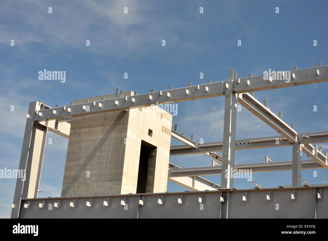 Beton und Stahl Gebäude Rahmen Stockfoto, Bild: 71893546 - Alamy