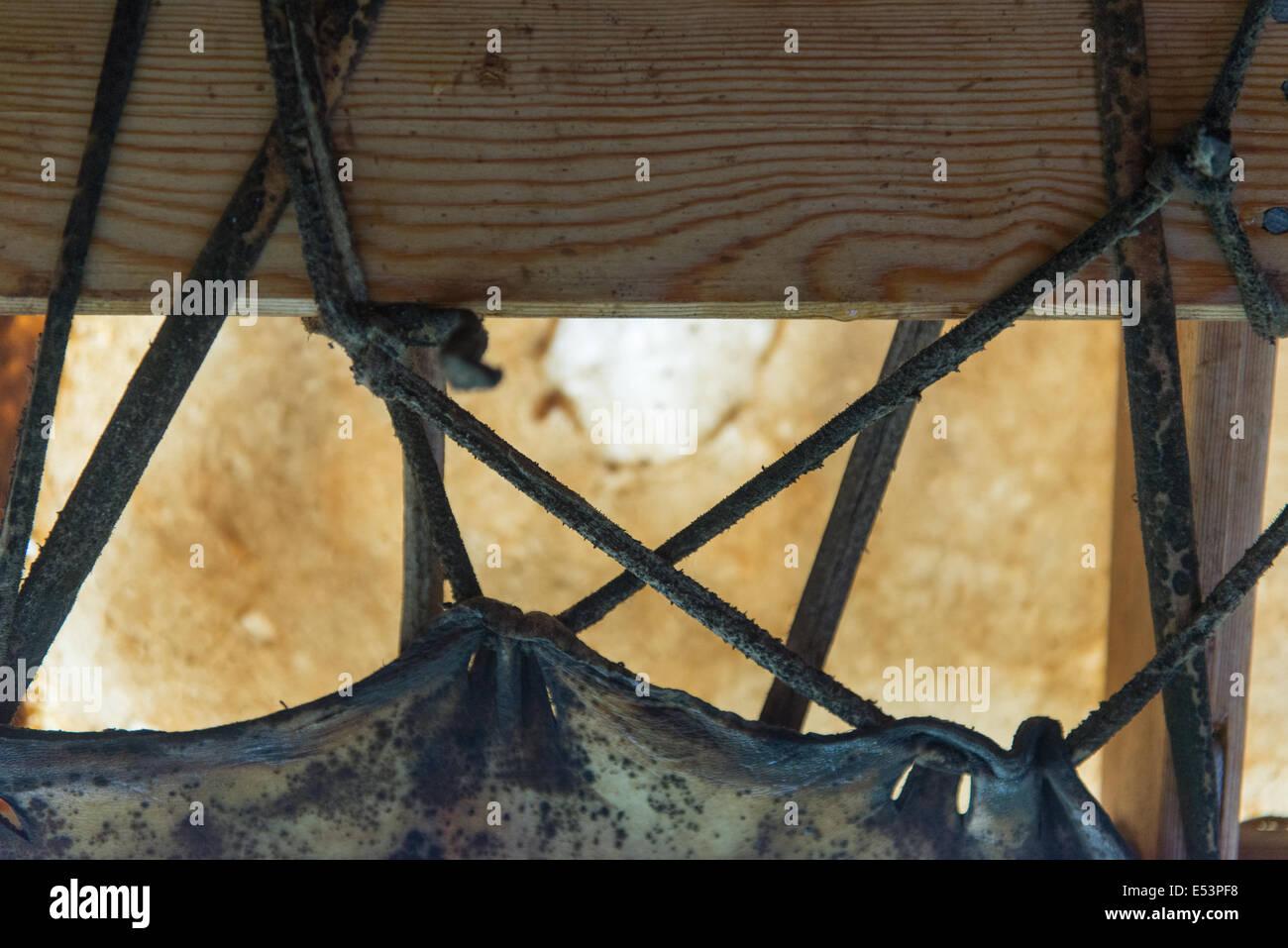 Detail einer Inuit-Boot gemacht von Robbenfell und Holzrahmen ...