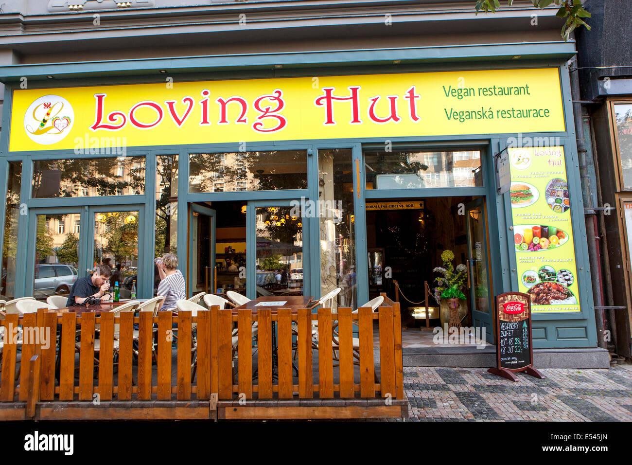 Wenzelsplatz. Loving Hut, veganes restaurant Stockbild