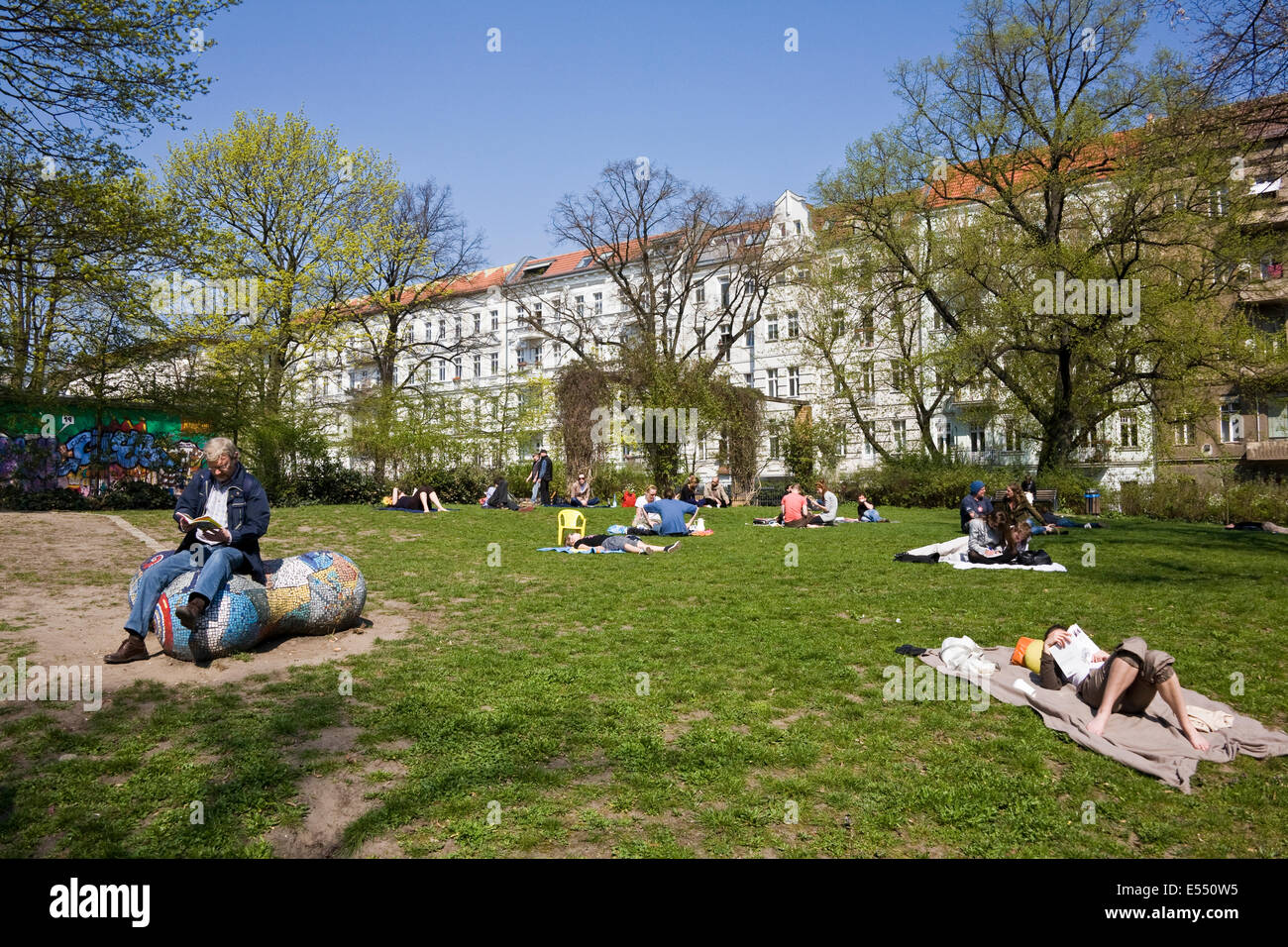 Helmholtzplatz Berlin Deutschland Stockfoto Bild 72025217 Alamy