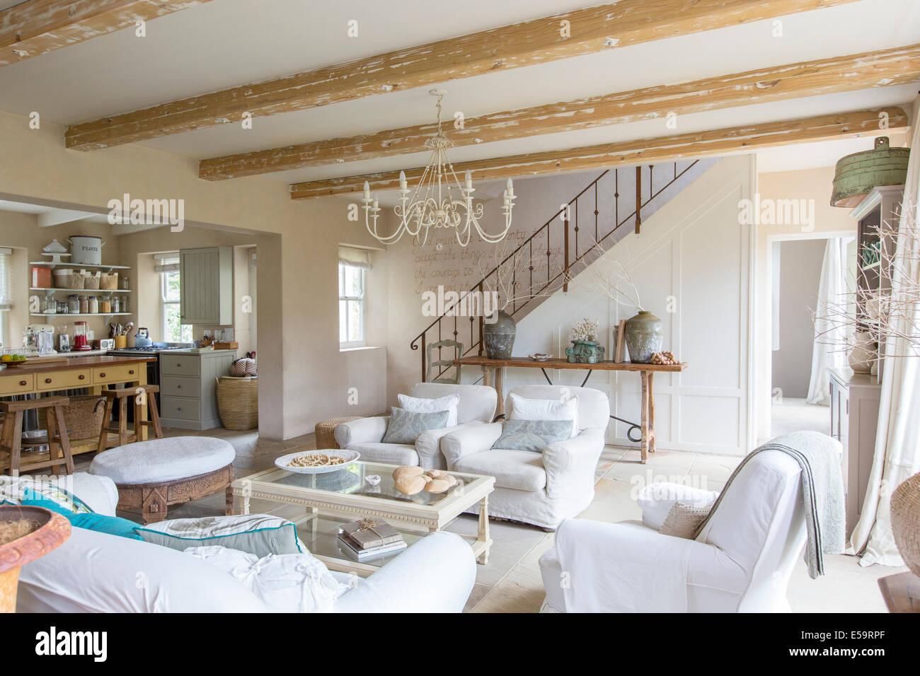 Wohnzimmer des Landhaus Stockbild
