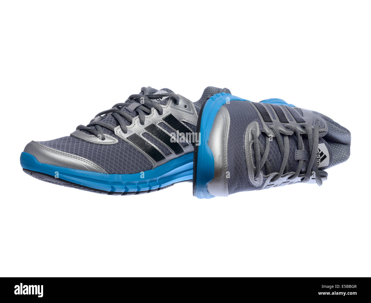 Adidas Blue Shoes Stockfotos & Adidas Blue Shoes Bilder Alamy