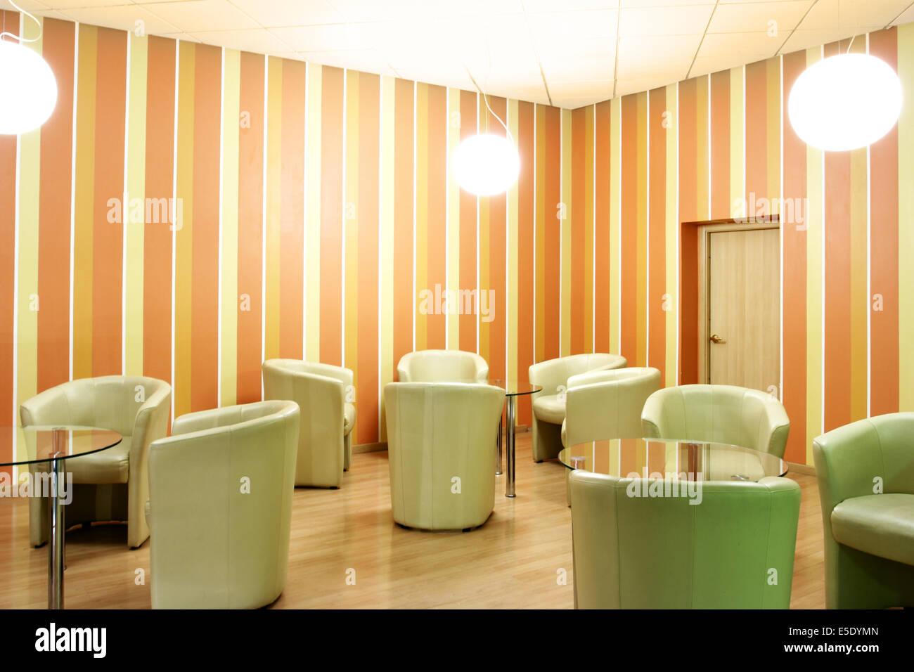 Modernes Interieur der Lobby mit Ledersessel Stockfoto, Bild ...