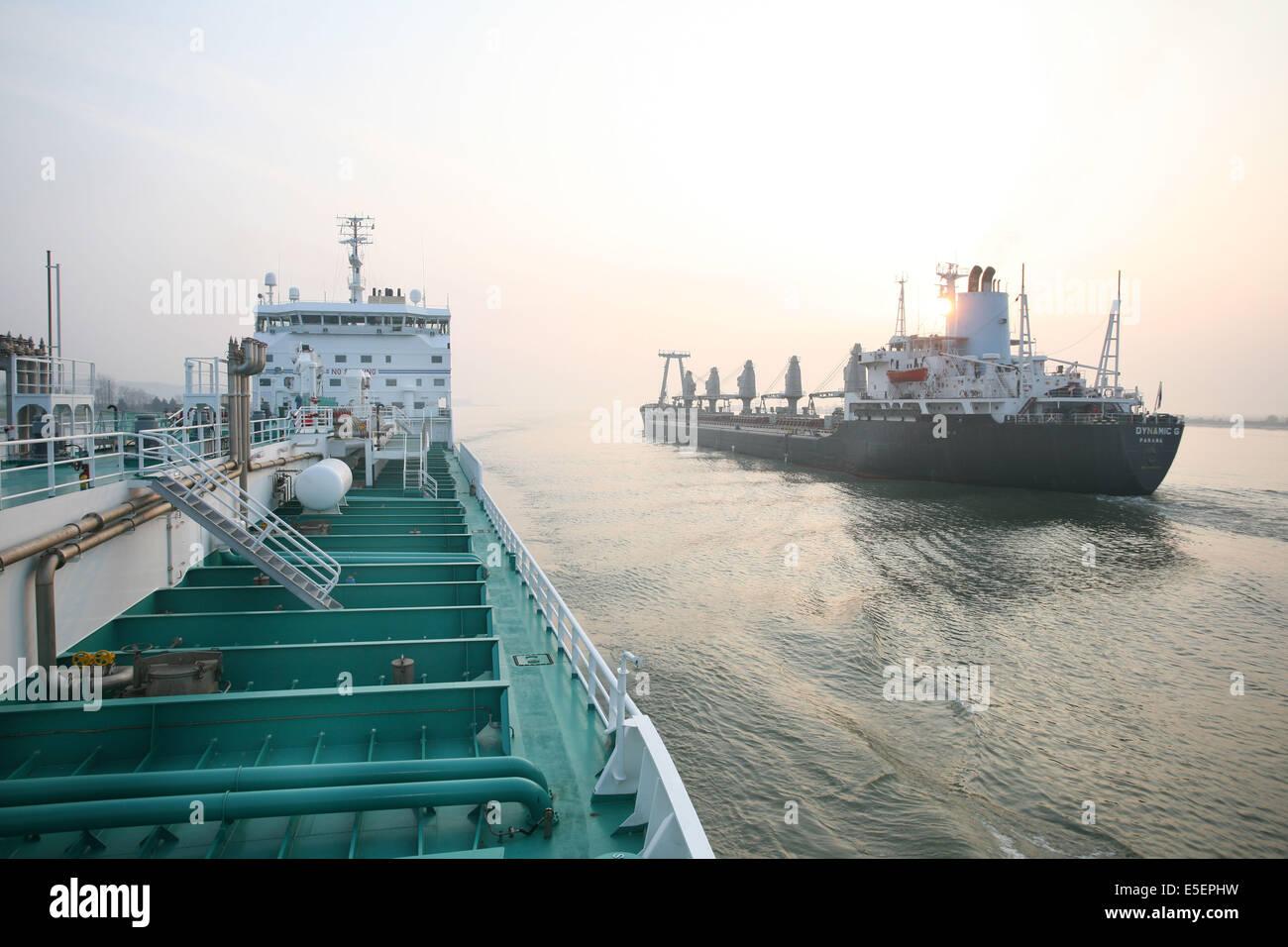 Frankreich normandie seine maritime vallee de la seine grand port mer de de rouen montee de - Grand port maritime de rouen ...