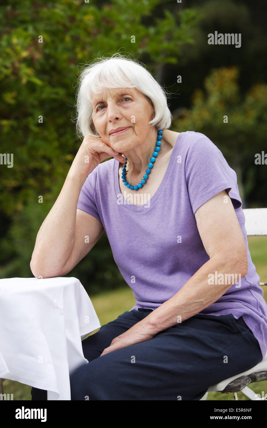 Www.Alte Frau.Com