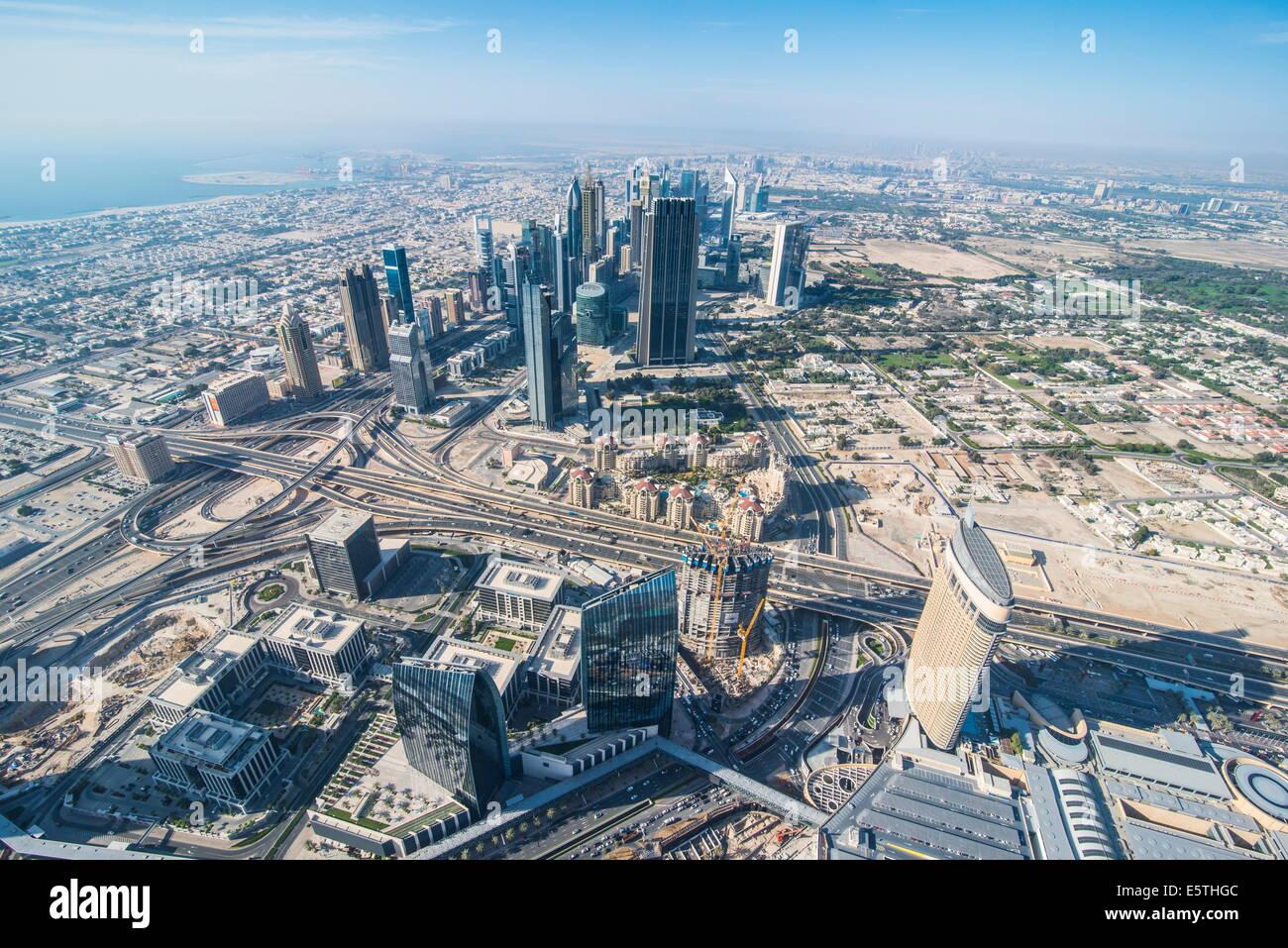 Blick über Dubai vom Burj Khalifa, Dubai, Vereinigte Arabische Emirate, Naher Osten Stockbild