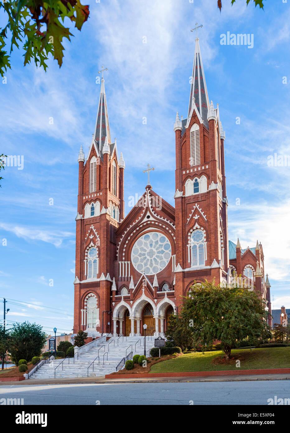 Katholische Kirche St. Joseph in Poplar Street in der Innenstadt von Macon, Georgia, USA Stockfoto