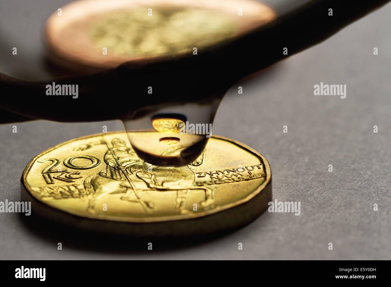 Tschechische Geld Münzen In Einem Wassertropfen Stockfoto Bild
