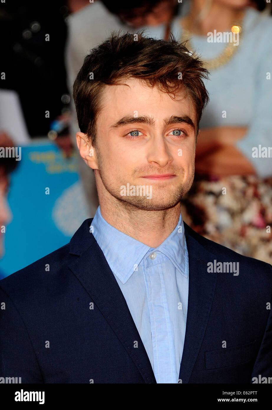 London, UK. 12. August 2014. Daniel Radcliffe besuchen die UK Premiere von WHAT IF The Odeon West End London am Stockfoto