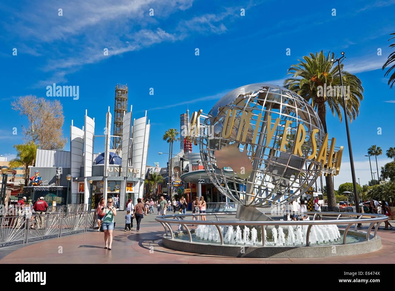 Universal Studios weltweit vor dem Universellen Vergnügungspark in Universal City. Los Angeles, Kalifornien, Stockbild