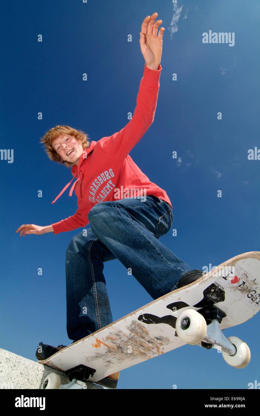 Teenager, Jugend, Kultur, Skateboard, Skaten Stockbild
