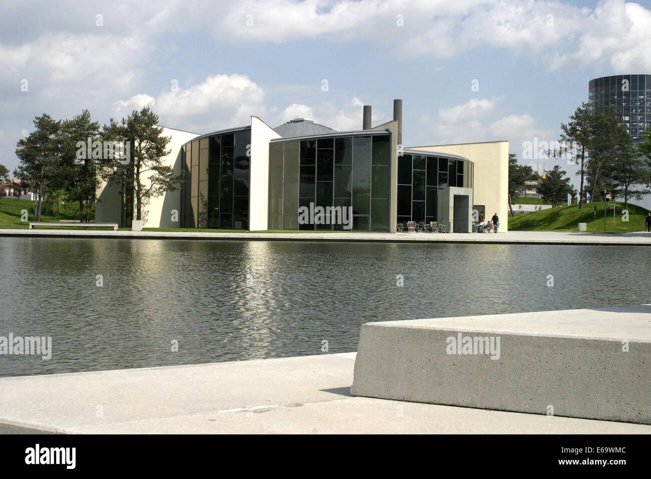wolfsburg autostadt skoda pavillon stockfoto bild. Black Bedroom Furniture Sets. Home Design Ideas