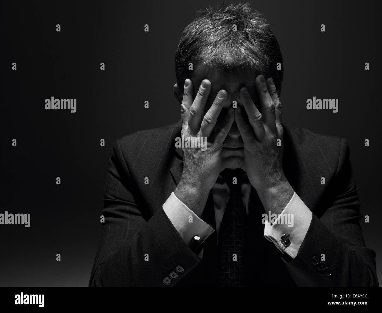 Zweifel, Angst, Stress, Kampf, Geschäftsmann, burnout Stockbild
