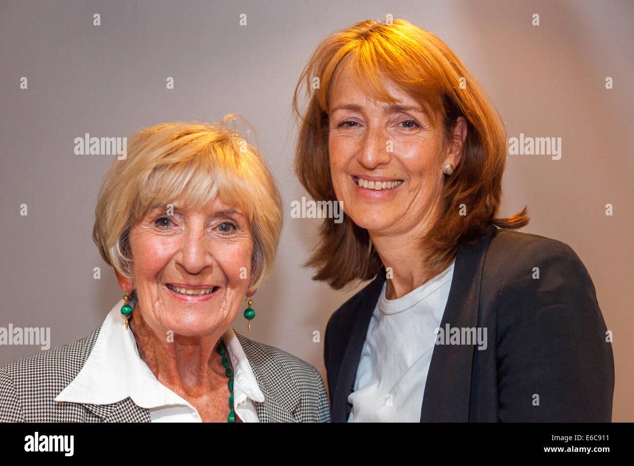London, England, UK, 19. August 2014. Legendäre BAFTA-Award-winning Multi-Kamera-TV-Drama-Regisseur Moira Armstrong Stockbild