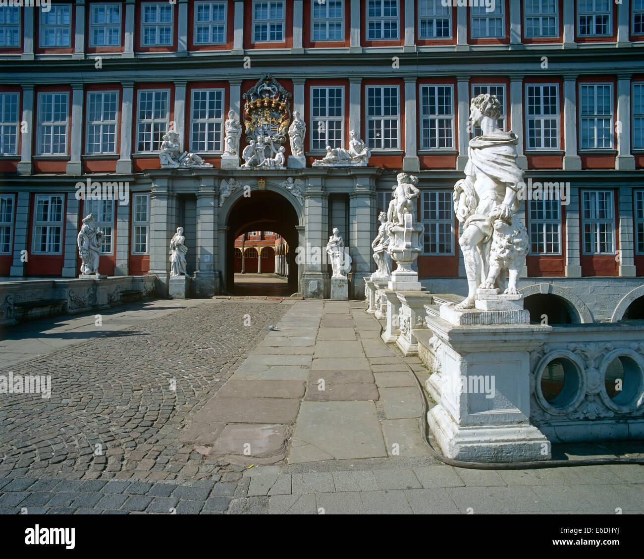 Skulpturen im Ausland eine Burg Niedersachsen Oker Wolfenbuttel Stockbild