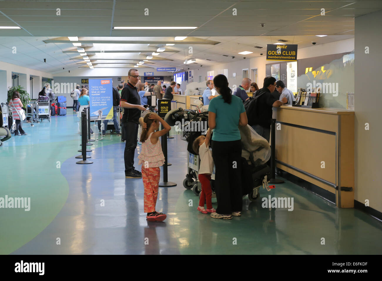 car rental airport stockfotos car rental airport bilder alamy. Black Bedroom Furniture Sets. Home Design Ideas