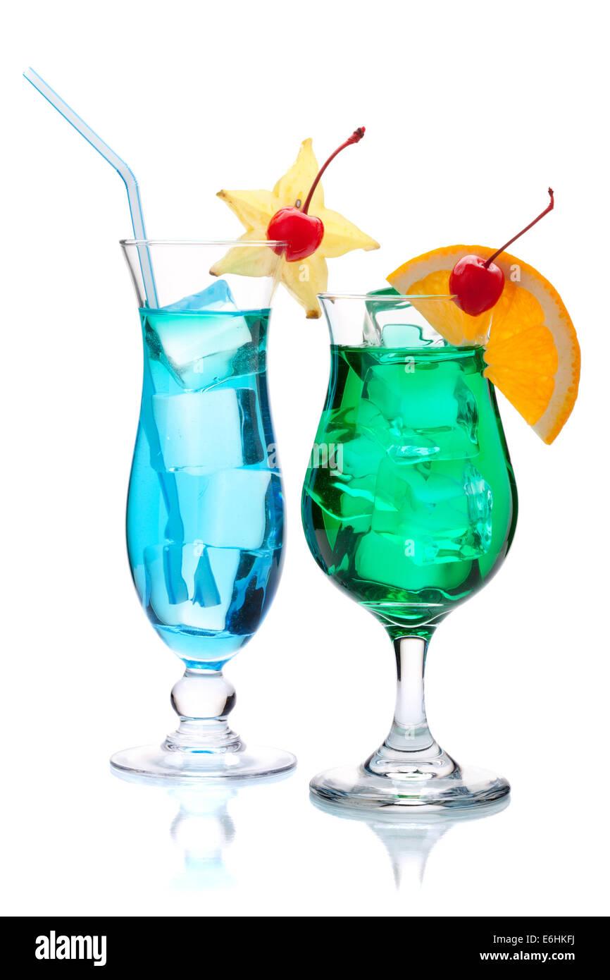 Zwei tropische Cocktails. Isoliert auf weißem Hintergrund Stockbild