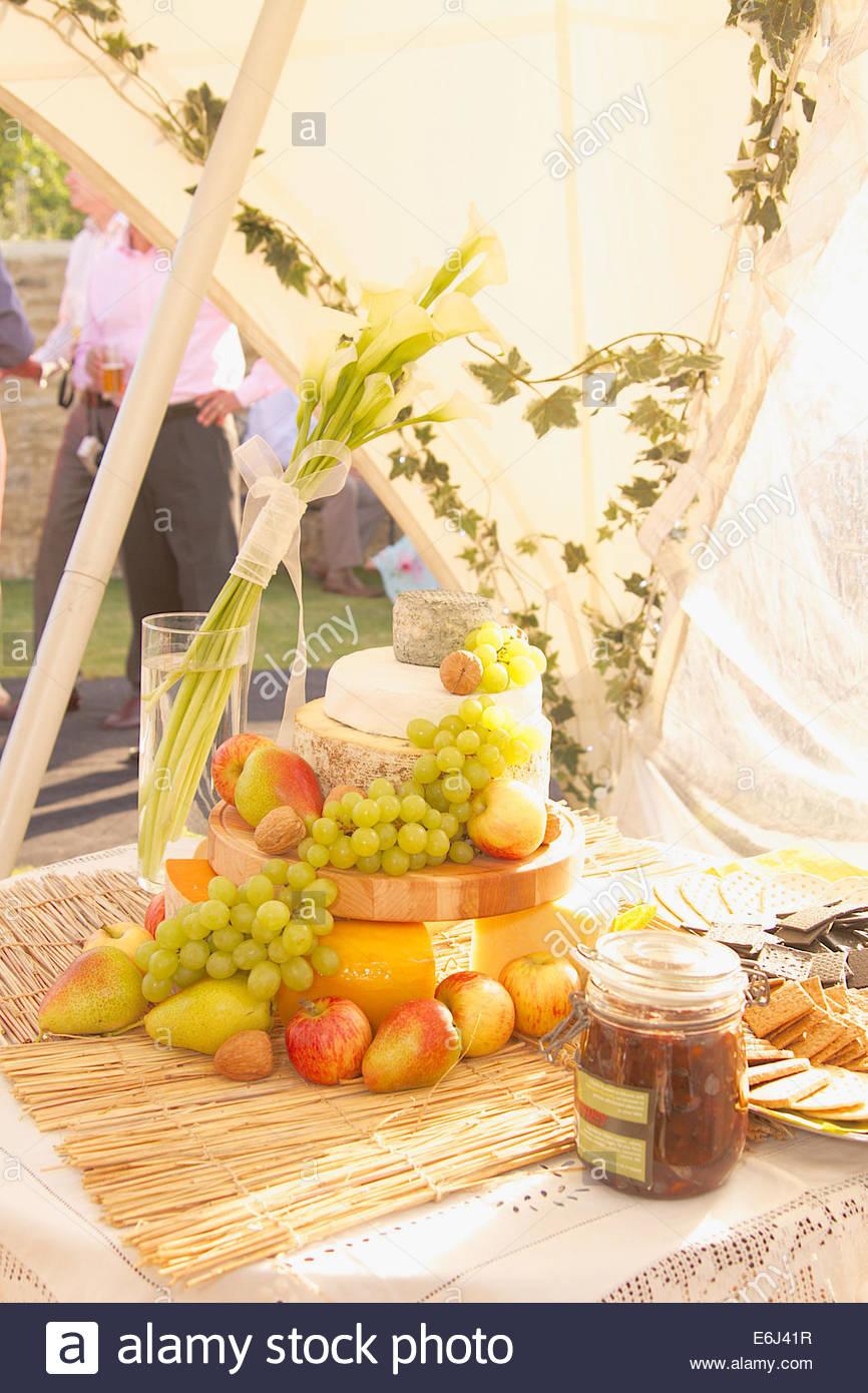 Hochzeitstorte Kase Oder Kuchen Mit Kase Runden Stockfoto Bild