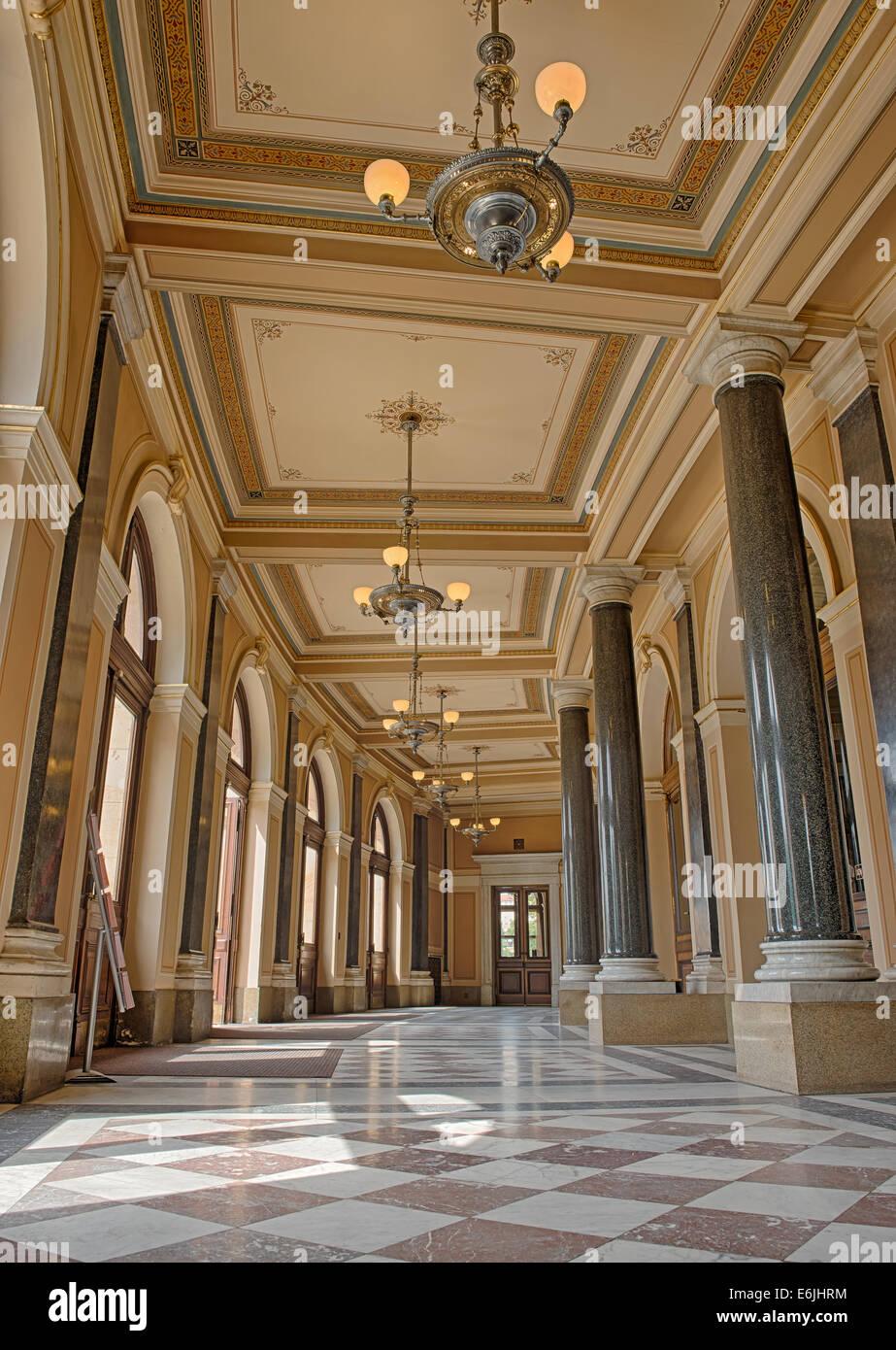 Prag, Tschechien - 15. August 2014: Lobby des Rudolfinum, ein Hörsaal mit Musik und Heimat der Tschechischen Stockbild