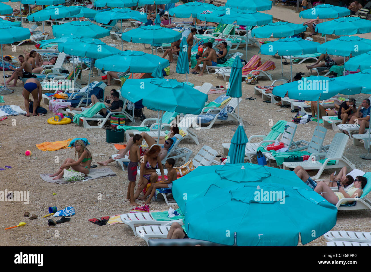 Veli Zal (blaue Flagge) Strand Mali Losinj, Insel Losinj, Kroatien Stockbild