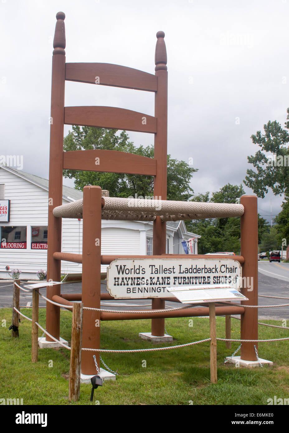 Die weltweit höchste Ladderback Stuhl in Bennington, Vermont Stockbild