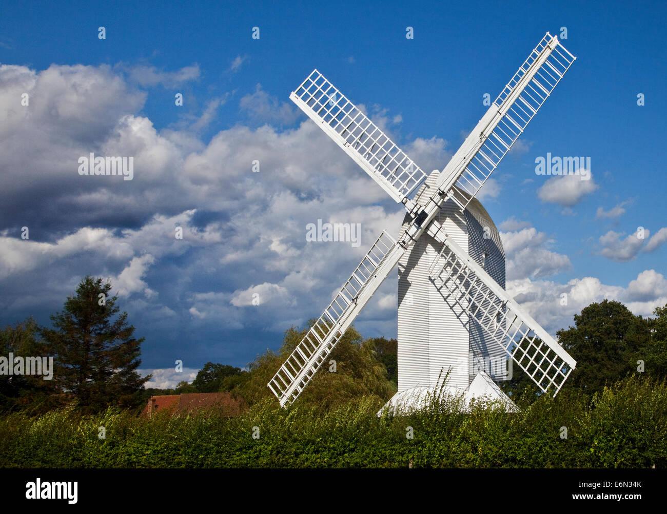 Lowfield Heide Windmühle, West Sussex, England Stockbild