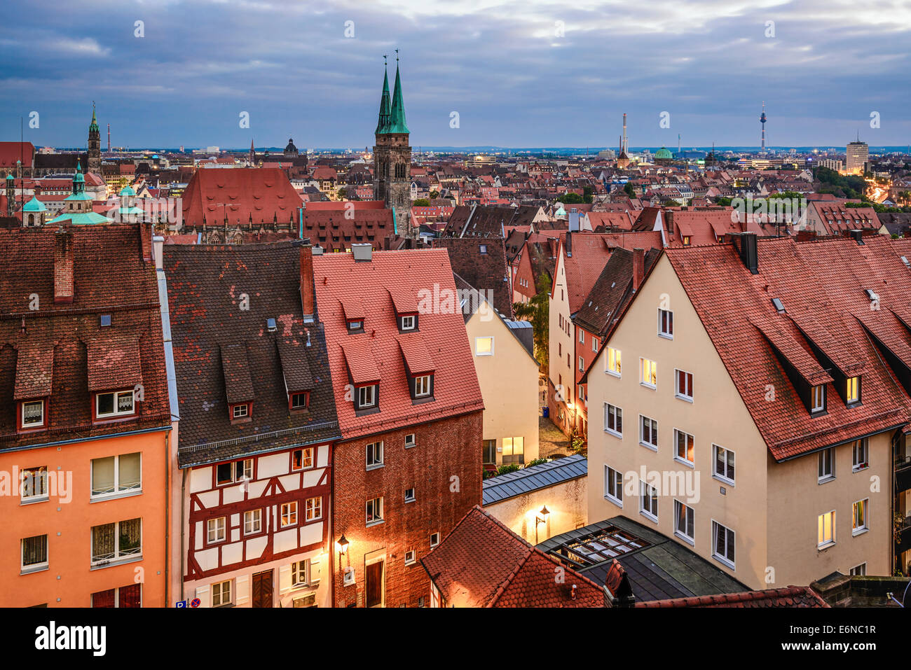 n rnberg alte stadt skyline stockfoto bild 72999859 alamy. Black Bedroom Furniture Sets. Home Design Ideas