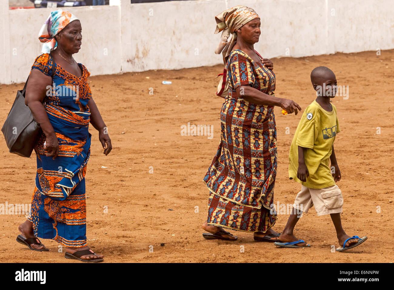 www. nake afrika frauen
