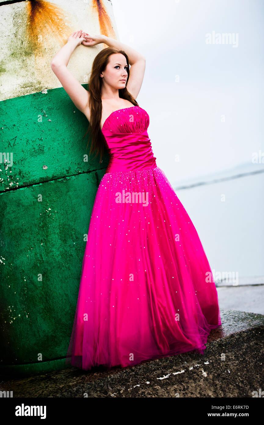 Ungewöhnlich Partykleid Für Mädchen Uk Bilder - Brautkleider Ideen ...