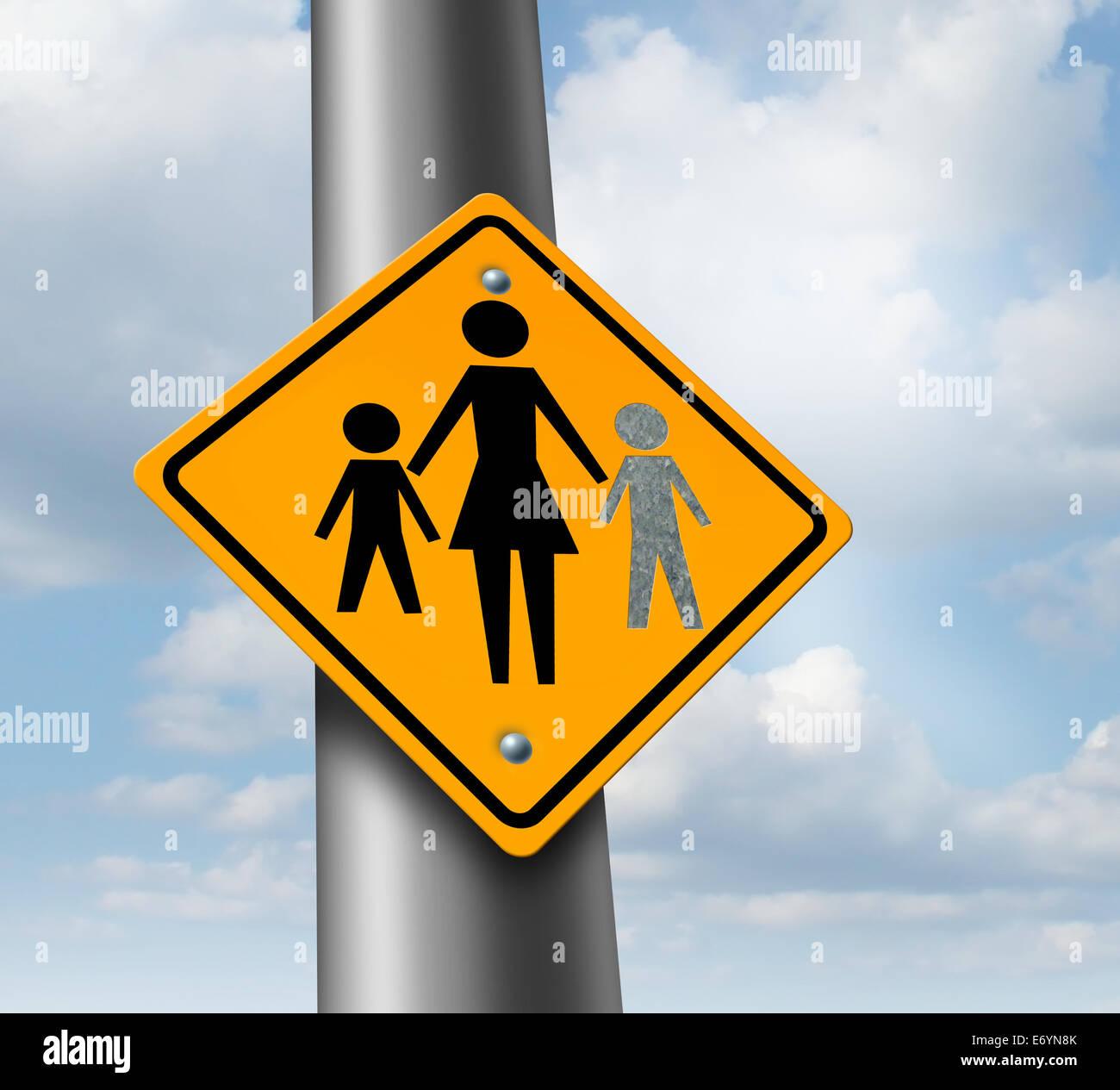 Verlorenes Kind oder fehlende Kind-Konzept mit einem Mutter und Kinder Symbol auf einem Verkehr, dass Zeichen mit Stockbild