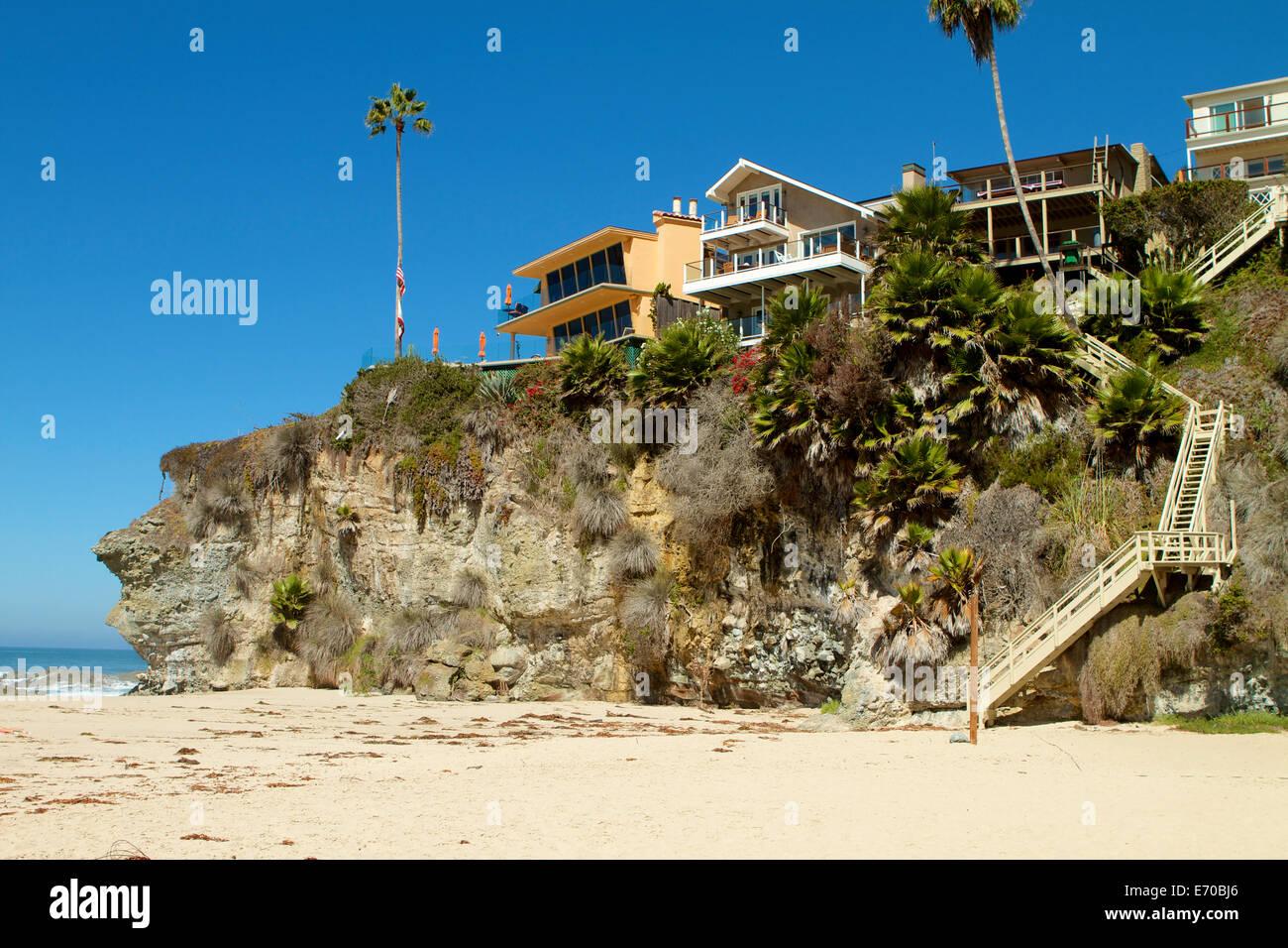 Cliff Top Häuser auf tausend Schritte Beach in Laguna ...  Cliff Top Häus...