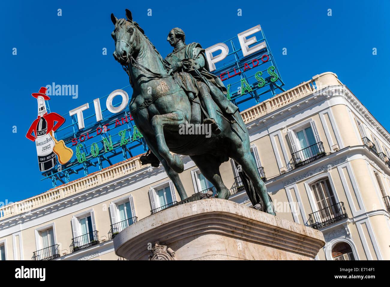 Equestrian stockfotos equestrian bilder alamy for Tio pepe puerta del sol madrid