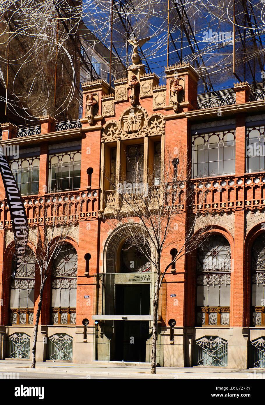 Spanien, Katalonien, Barcelona, Fassade der Fundacio Antoni Tapies. Stockbild