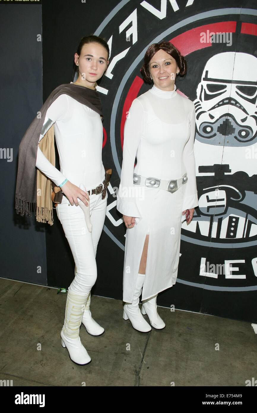 Salt Lake City Ca 6 September 2014 Fans In Prinzessin Leia