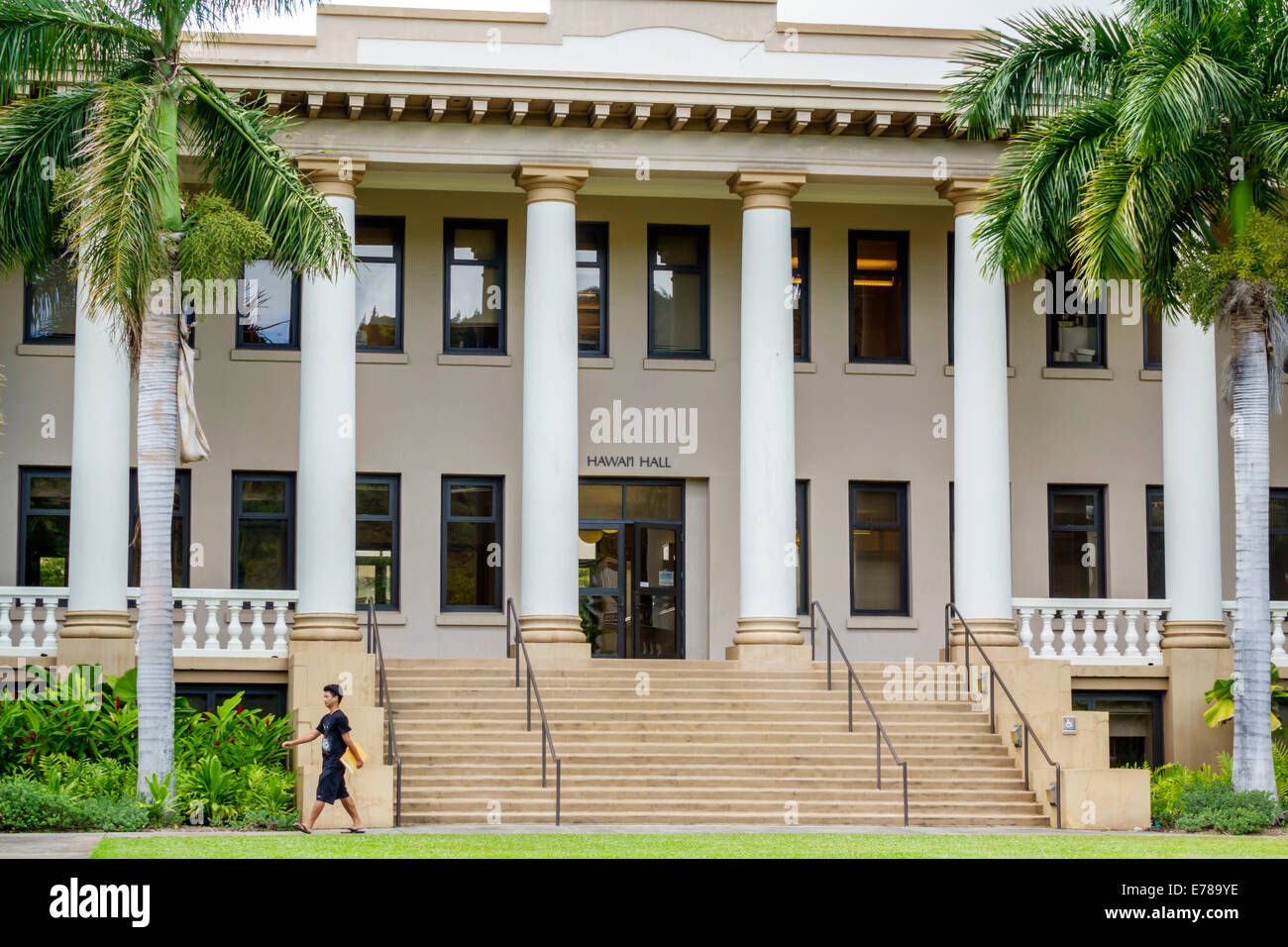 Honolulu Hawaii Hawaii Oahu University Of Hawaii In Manoa Campus Schule Bildung Hawaii Hall