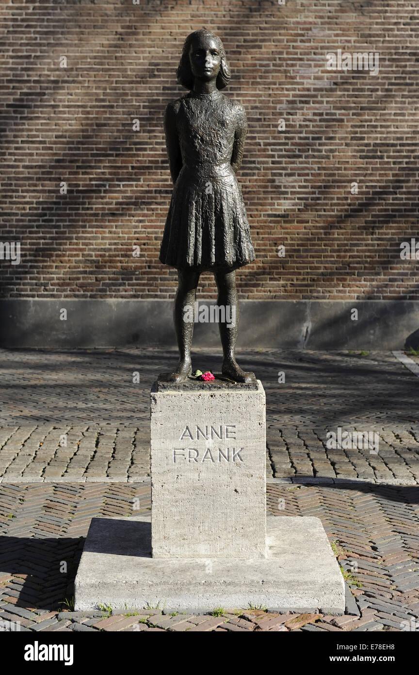Anne Frank (1929-1945). Jüdischen Opfer des Holocaust.  Die Statue. Utrecht, Niederlande. Stockfoto