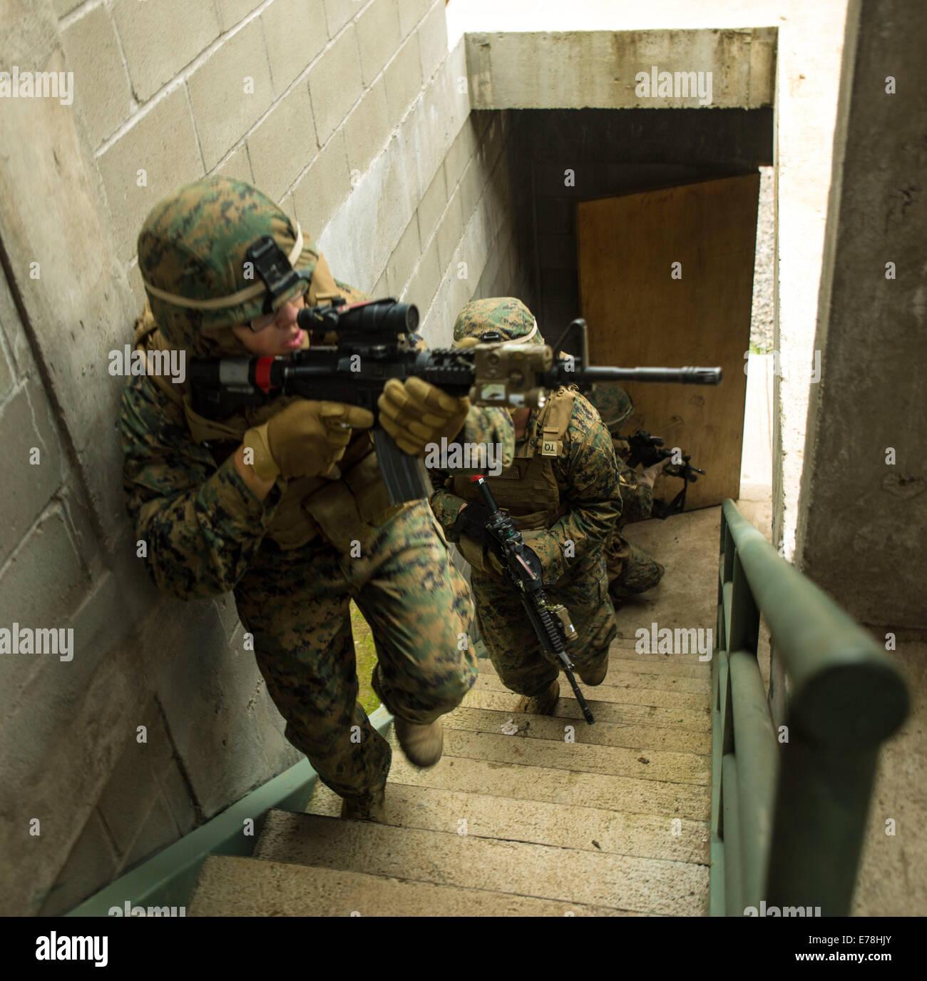 U.S. Marine Corps Lance Cpl. Justin Mcallister, Infanterist mit dem ...