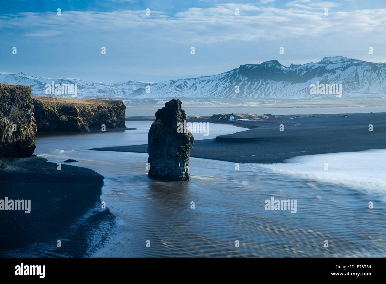 Dyrhólaey, Süden Islands. Stockbild