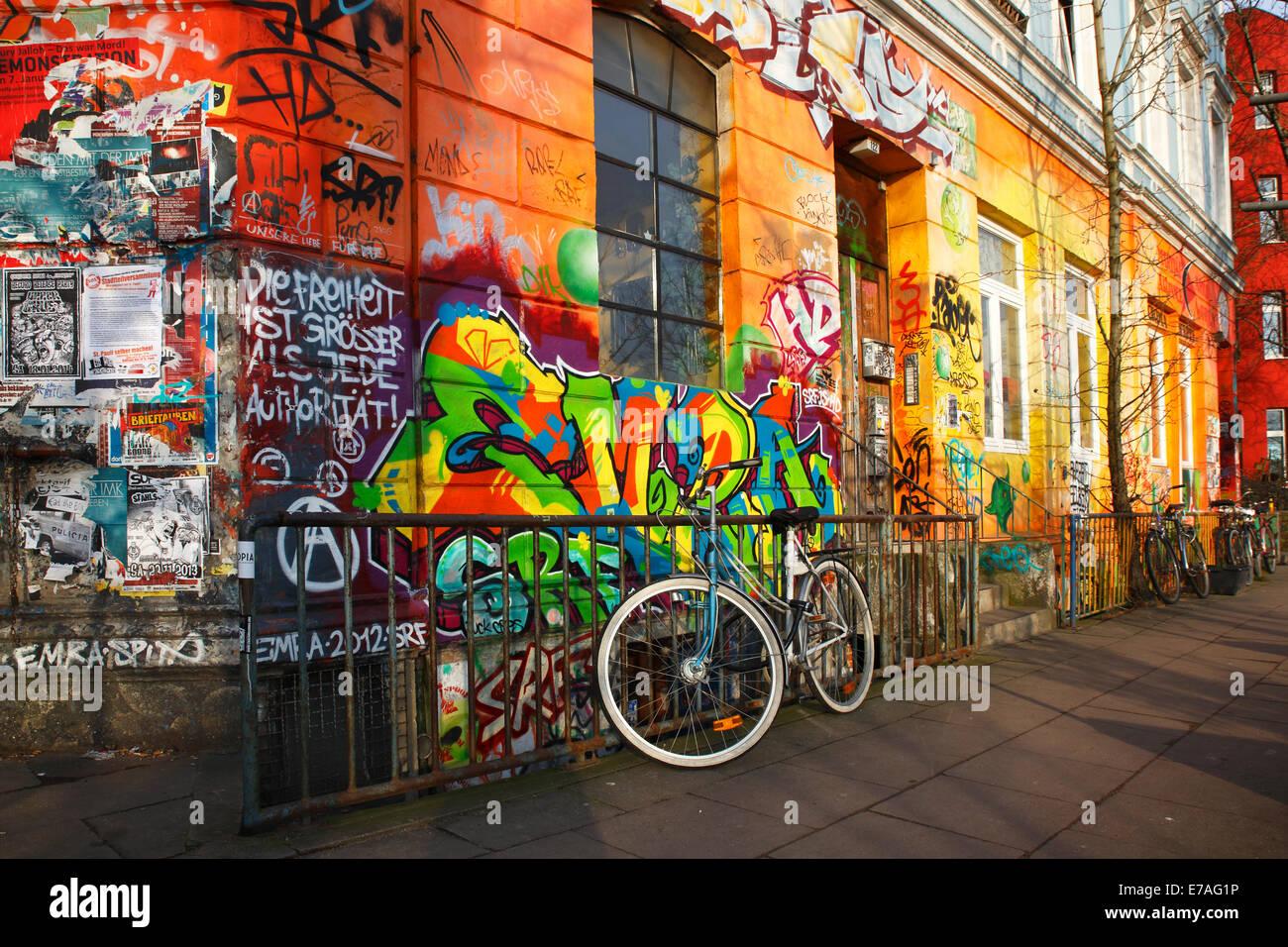 Bunt bemalten Häusern, alternative Szene, Hafenstraße, St. Pauli, Hamburg, Deutschland Stockbild