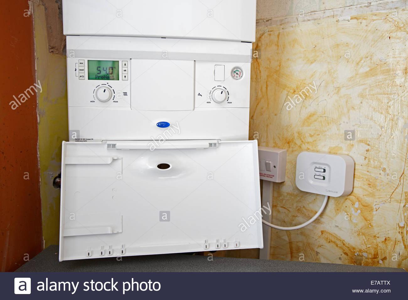 Combination Boiler Stockfotos & Combination Boiler Bilder - Alamy