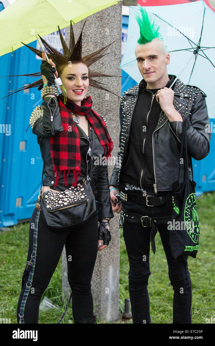 Punk Fans Stockfotos & Punk Fans Bilder - Alamy