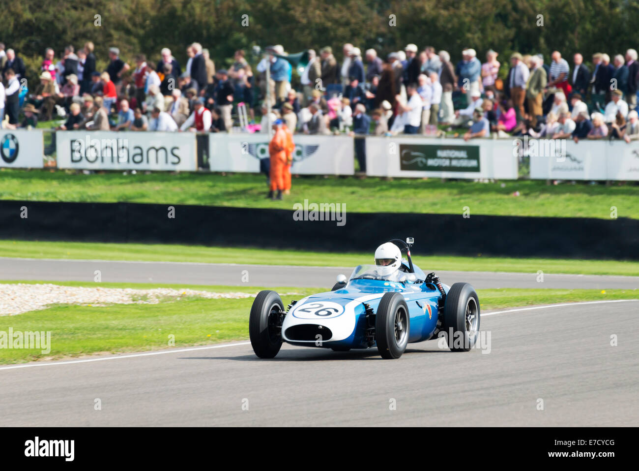 Chichester, West Sussex, UK. Sonntag, 14. September 2014. Beim Goodwood Revival, Goodwood motor Circuit. Am letzten Stockfoto