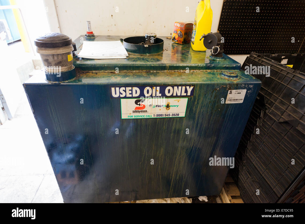 Oil_tank Stockfotos & Oil_tank Bilder - Seite 3 - Alamy