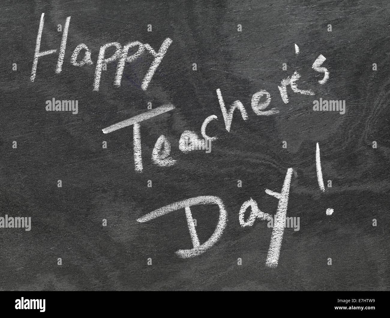 Glücklich Teachers Day in Tafel mit weißer Kreide geschrieben Stockbild