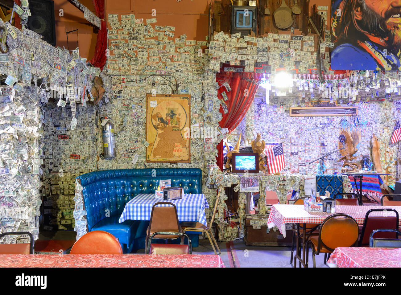 Usa  Usa  Amerika  Arizona  Oatman  Route 66  Bar  Restaurant  Oatman Hotel  Interieur  Bar
