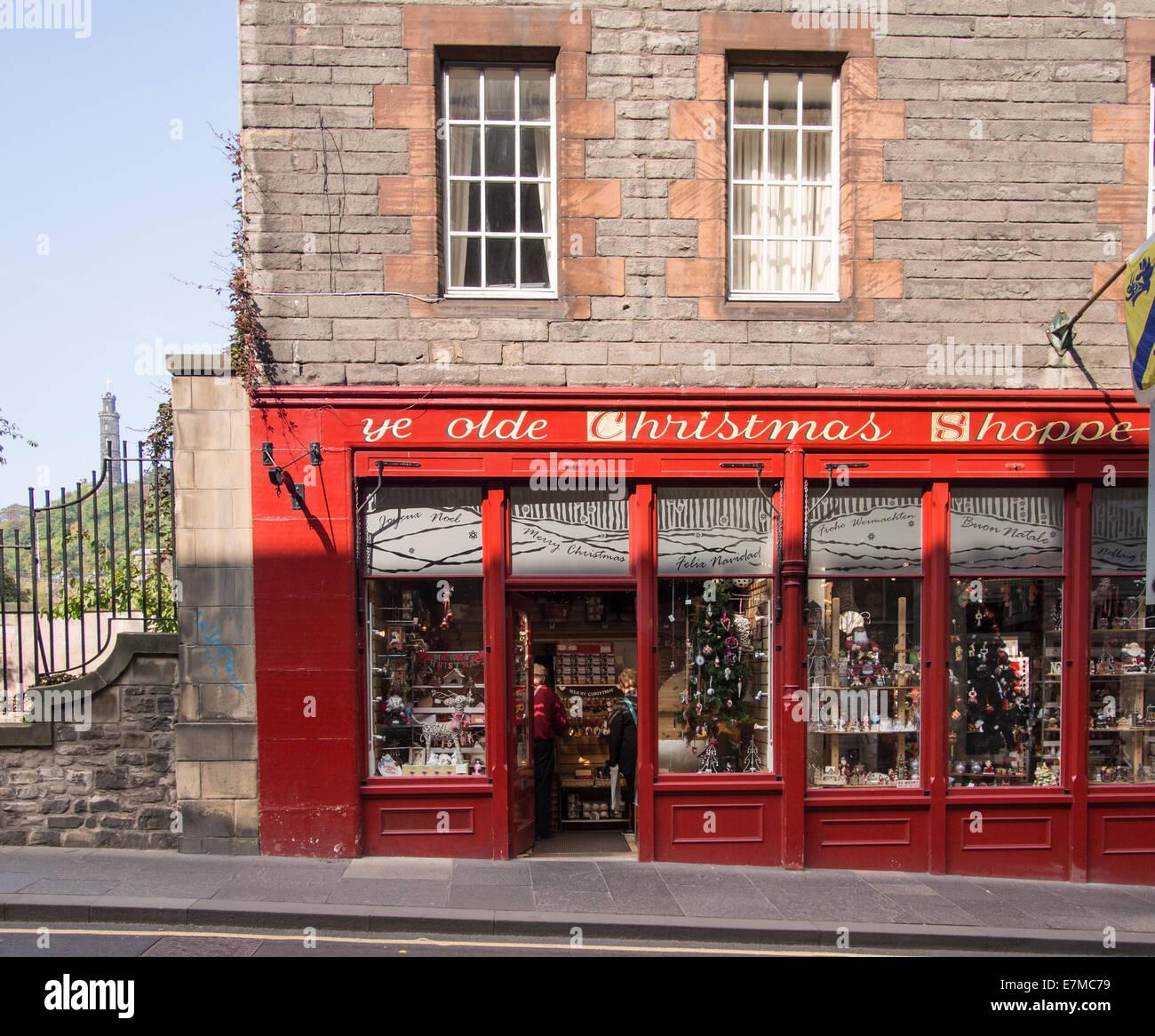 Ye Olde Weihnachten shoppe auf der Royal Mile in Edinburgh ...